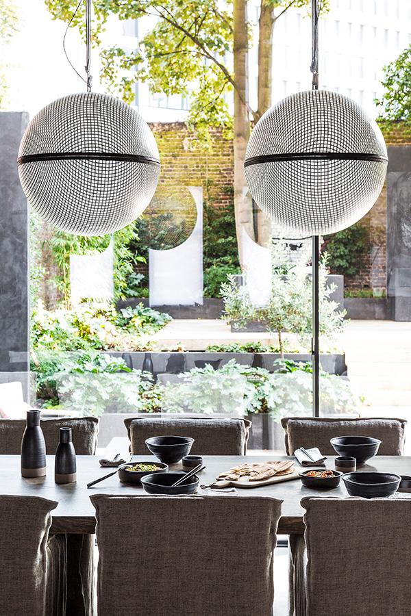 Michel 5h - Enkelheden afspejles i  den naturlige luksus